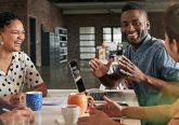 Covid-19 : quelles pistes pour améliorer le bien-être au travail?